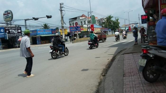 Đất ngay chợ Hóa An, TP. Biên Hòa, đối diện Công Ty Pouchen