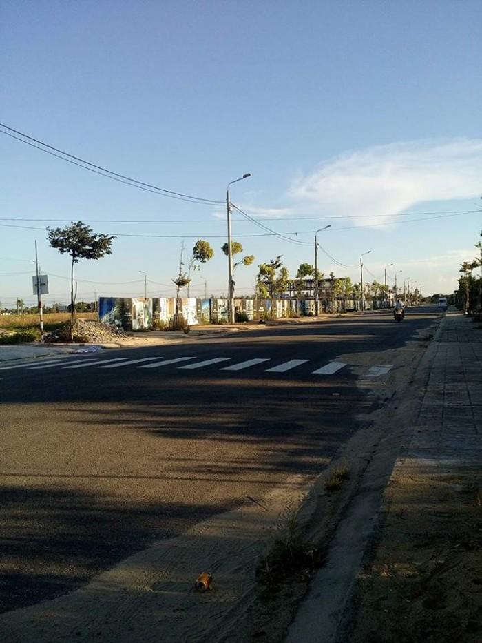 Đất sổ đỏ 2 lô liền kề đường 19m5 đối diện quảng trường lớn nhất Hội An