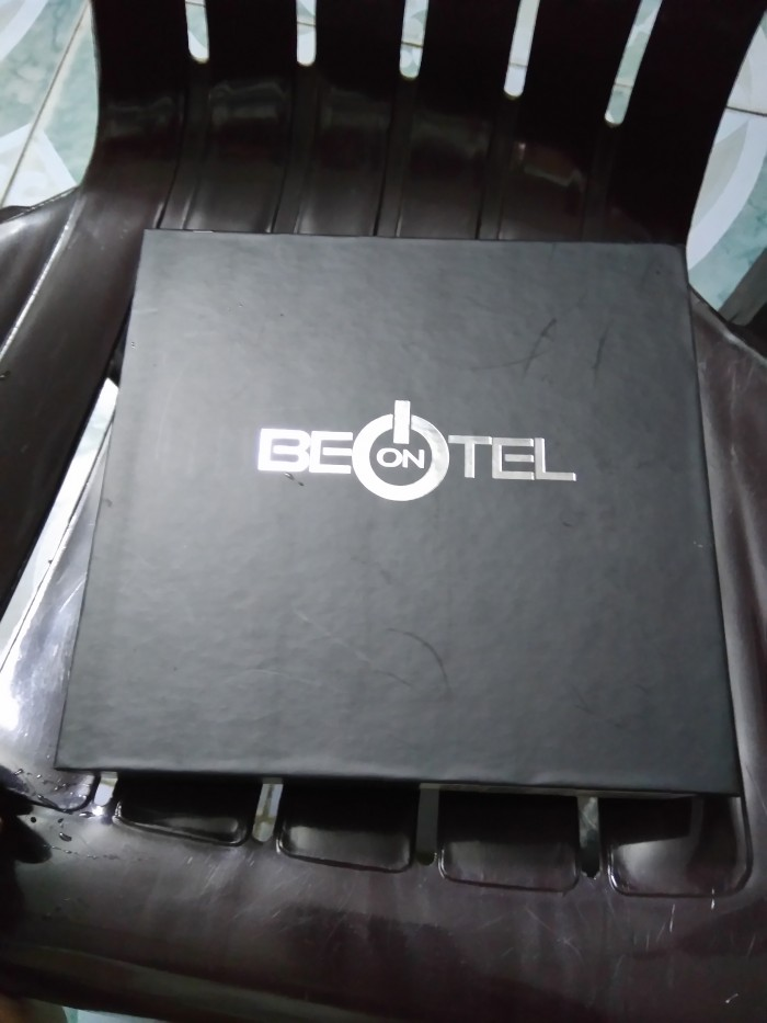 Cần bán điện thoại Beontel mới 100%