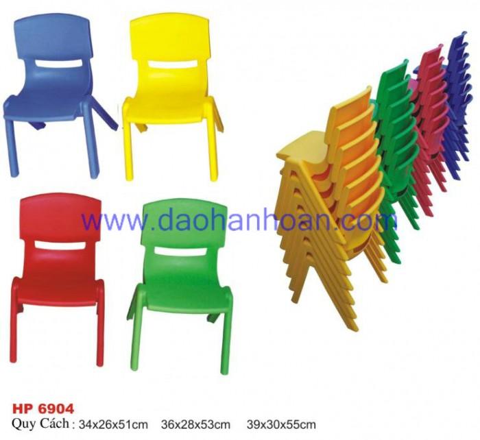 Ghế nhựa đúc cao cấp dành cho các bé tại các trường mầm non8