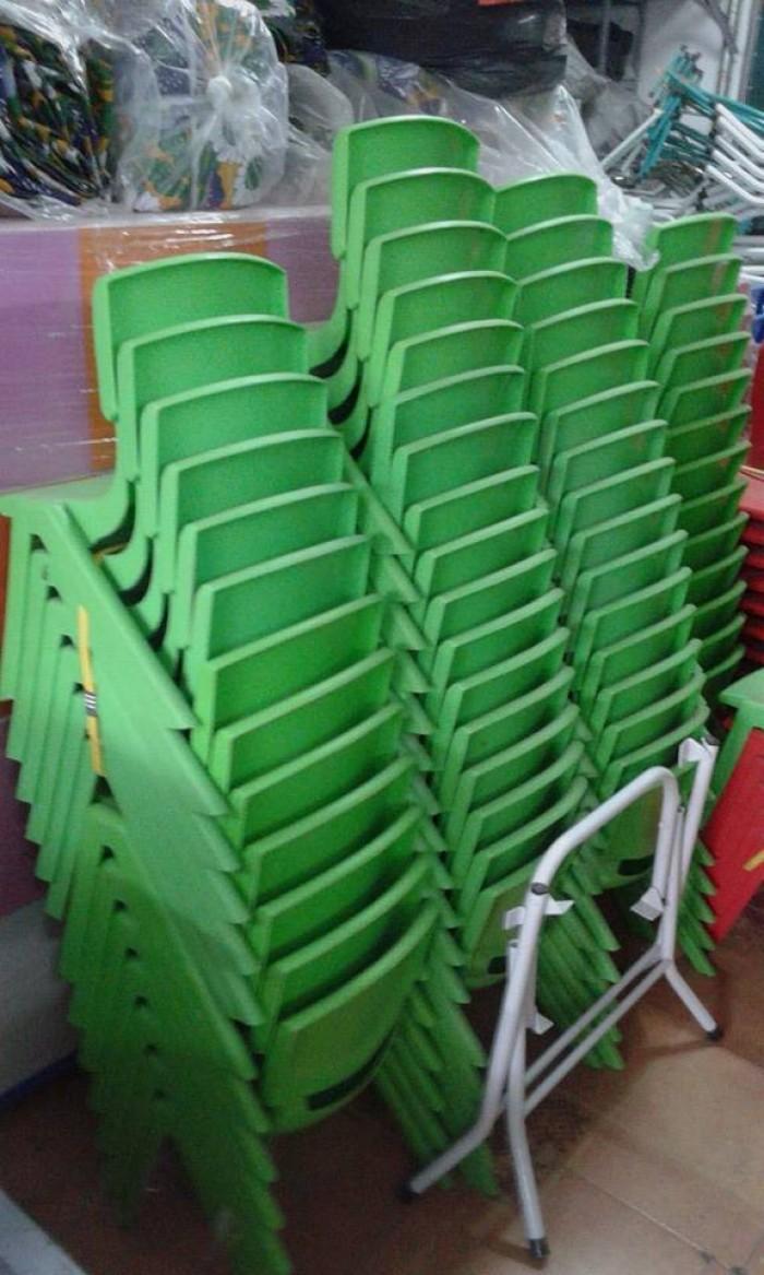 Ghế nhựa đúc cao cấp dành cho các bé tại các trường mầm non5