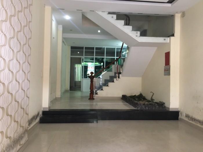 Cho thuê nhà 4 tầng TTTP để làm VP,KD 90 m2