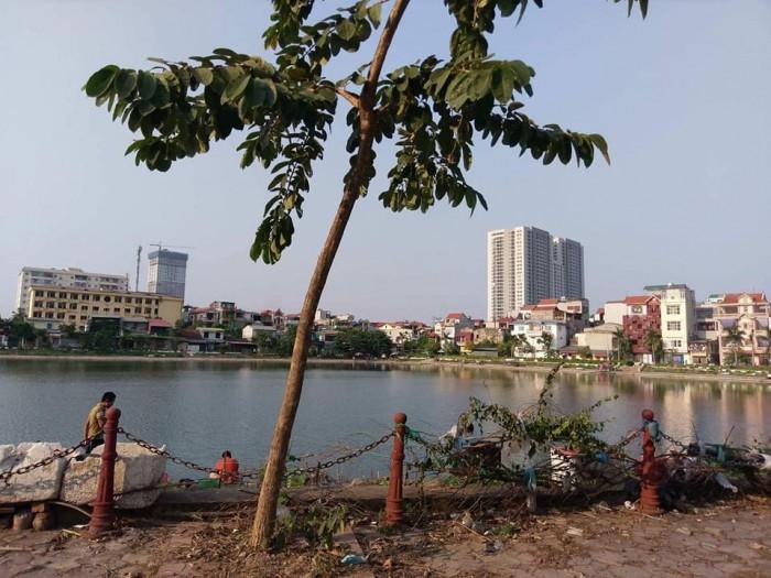 Bán nhà mặt phố Nguyễn Viết Xuân view Hồ Đầm Khê