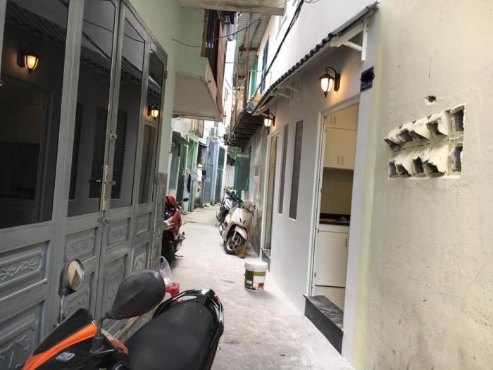 Cần mua nhà lớn, bán nhà hẻm ngay trung tâm, Bùi Hữu Nghĩa, P2, BT