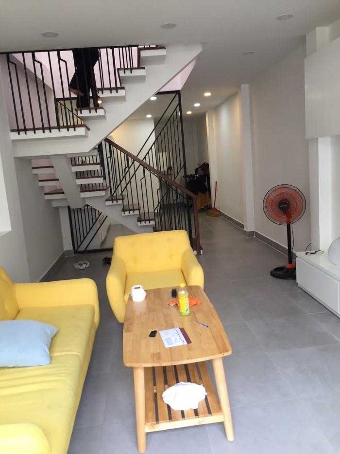 Xuất cảnh bán gấp nhà mới xây HXH Bùi Đình Túy, 3.7x17