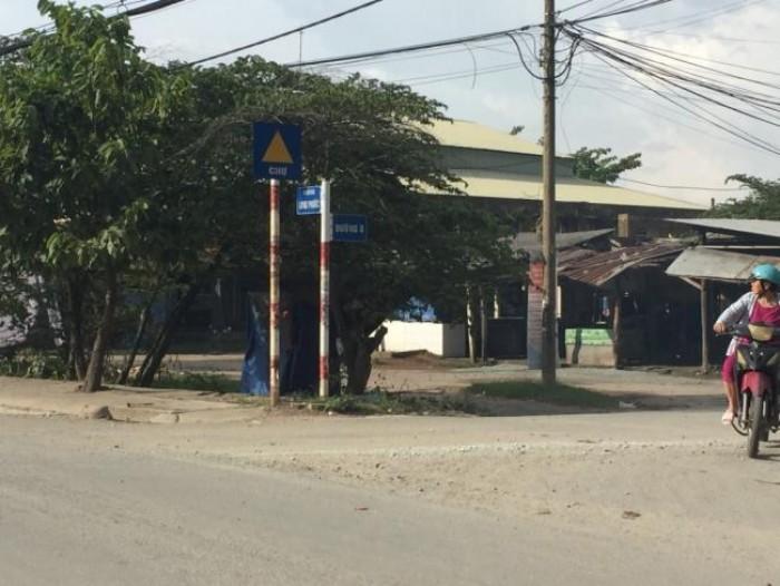 Bán đất thổ cư Mặt Tiền đường 8, Phường Long Phước, Q9