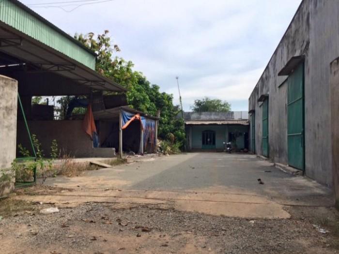 Bán kho tại Nhà Bè, đường 8m, DT 670m2 ngang 8m gần MT Nguyễn Văn Tạo