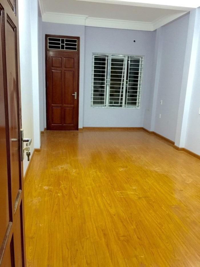 Bán nhà ngõ 156 Tam Trinh Yên Sở Hoàng Mai Hà Nội 32m2x4t xây mới cực đẹp