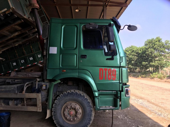 Xe tải Howo trọng tải 18 tấn