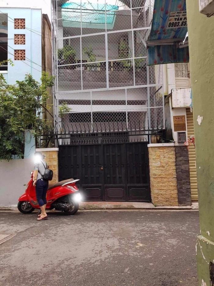 Bán nhà HXH Trần Quang Diệu Q3 dt 4,1x16m