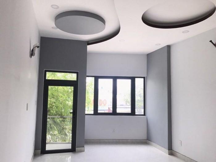 Cho thêu nhà MT Nguyễn Thông, Q.3, 5 tầng. Giá 65tr/ tháng