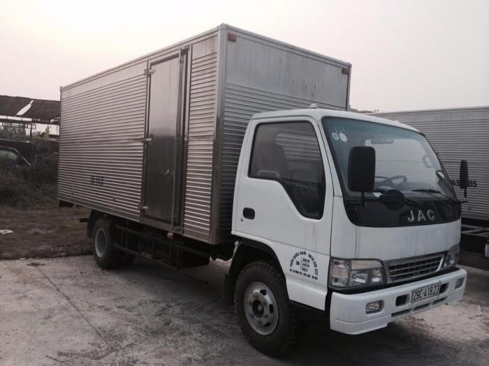 Xe tải JAC 6.4 Tấn Thùng Kín 0