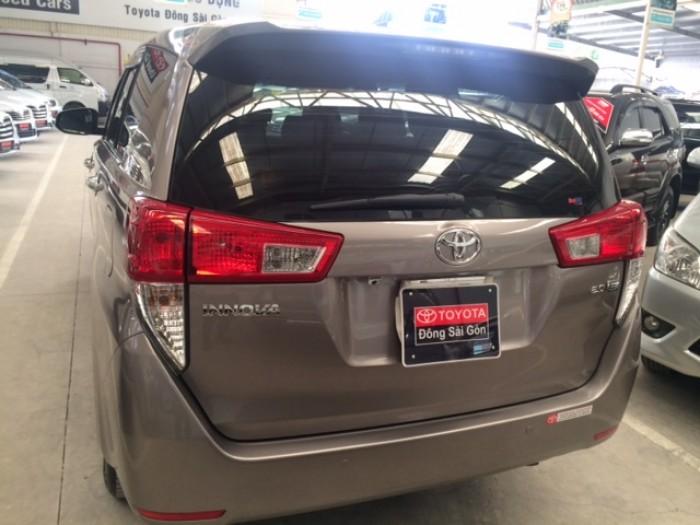 Toyota Innova E - Màu Đồng - 2017 5