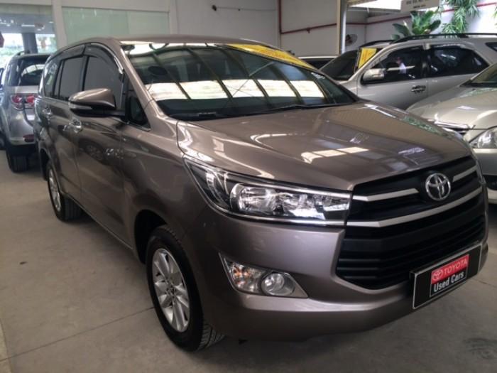 Toyota Innova E - Màu Đồng - 2017 4