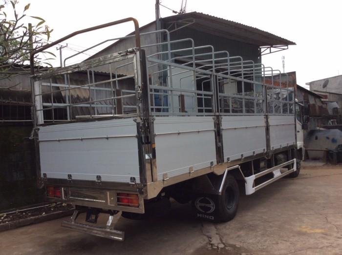 Xe Hino 6t4 chở dừa, gạch, vật liệu xây dựng 1