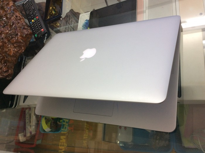 Bán Macbook Pro i7 ME293 - RAM 16GB - SSD512 - GT750m4
