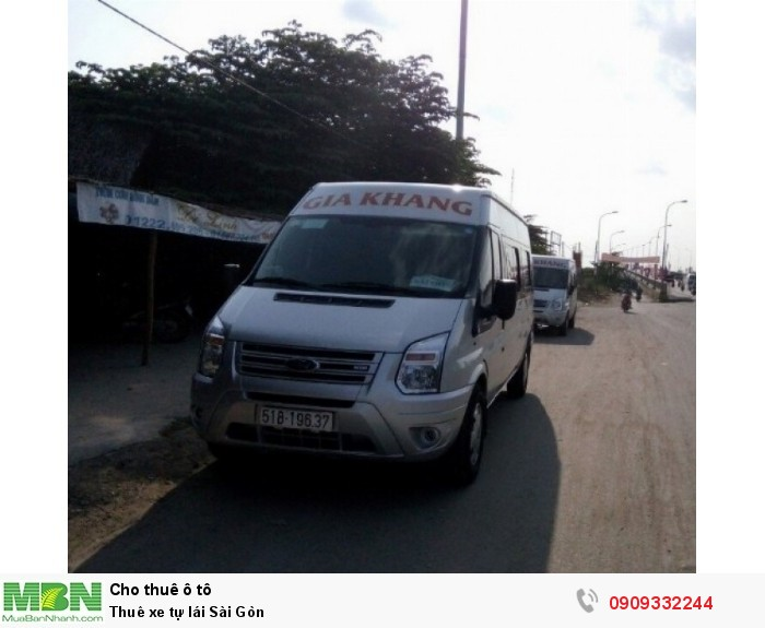 Thuê xe tự lái Sài Gòn 4