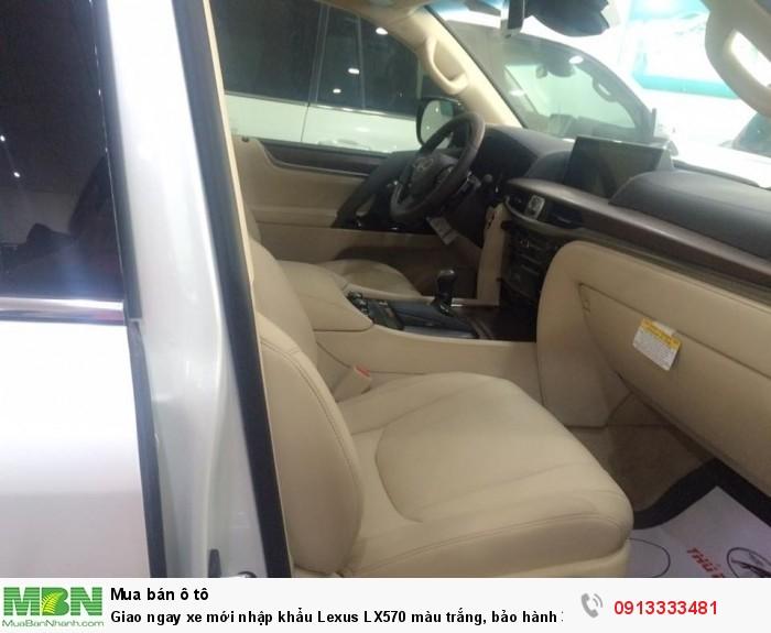 Giao ngay xe mới nhập khẩu  Lexus LX570 màu trắng, bảo hành 36 tháng 3