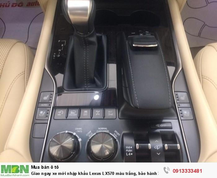 Giao ngay xe mới nhập khẩu  Lexus LX570 màu trắng, bảo hành 36 tháng 5