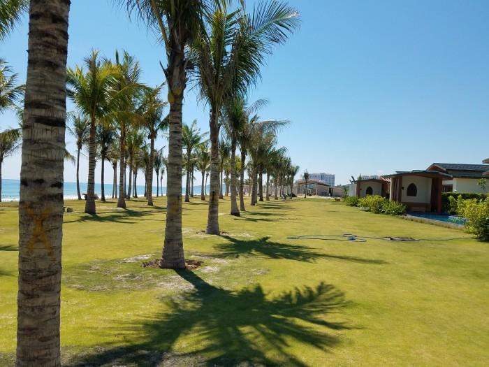 Cần bán lại căn Biệt thự Mặt Biển Bãi Dài Nha Trang