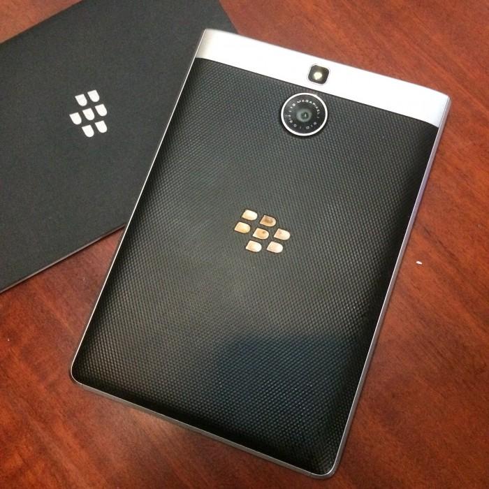 Blackberry Passport Silver - LikeNew1