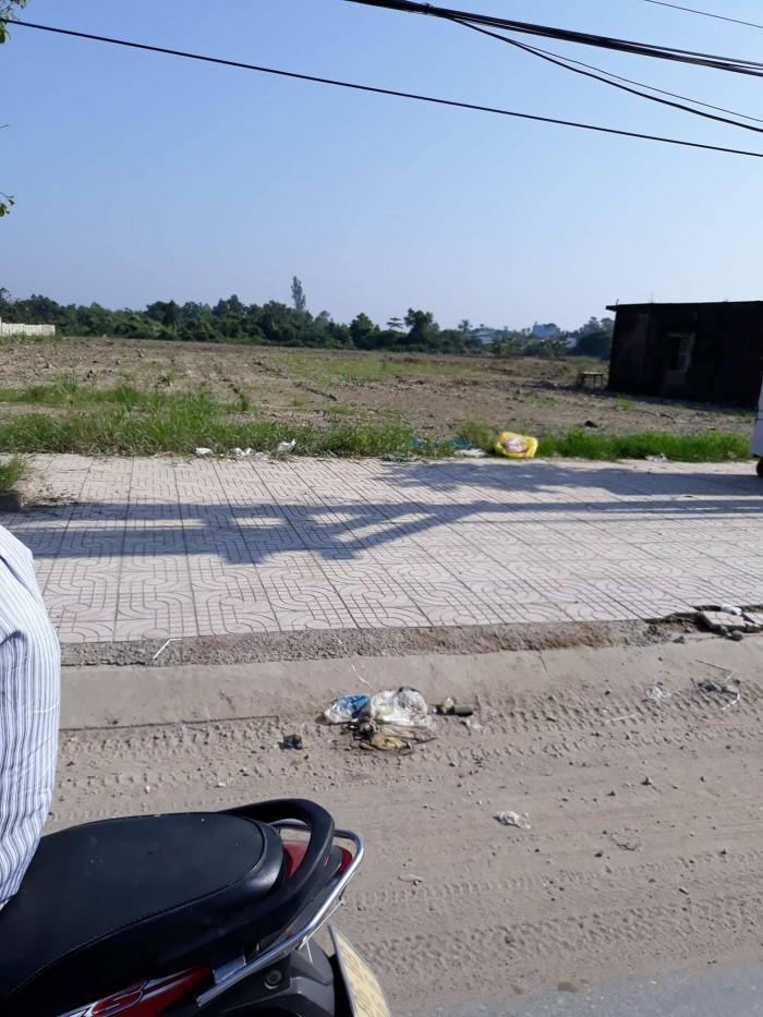 Kẹt tiền bán gấp lô đất mặt tiền đường Trần Văn Giàu
