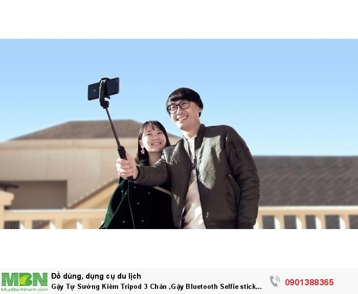Giống như những chiếc gậy tự sướng khác selfie stick tripod Xiaomi cũng bao gồm ph...