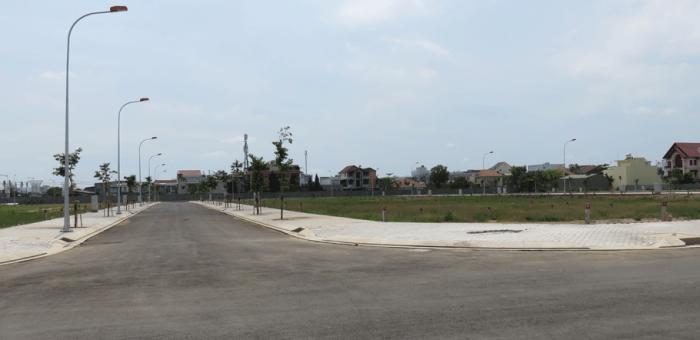 Bán đất chính chủ Dương Đình Cúc, gần cầu Bình Điền. DT: 5x20m,