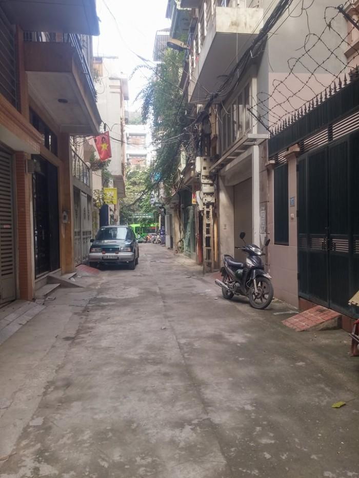 60m2 Đất phố Nguyễn Lân, MT 4m, ngõ 3m