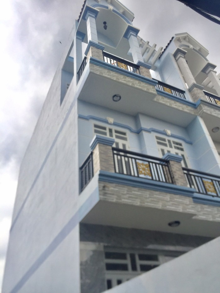 Bán nhà mới đẹp, Huỳnh Tấn Phát, Nhà Bè, DT 4x20m, 3 lầu,sân thượng. Giá 2,9 tỷ