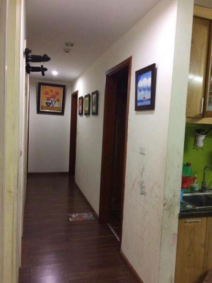 Bán gấp căn hộ tầng 8 tòa CT8D Khu đô thị Dương Nội giá cực rẻ