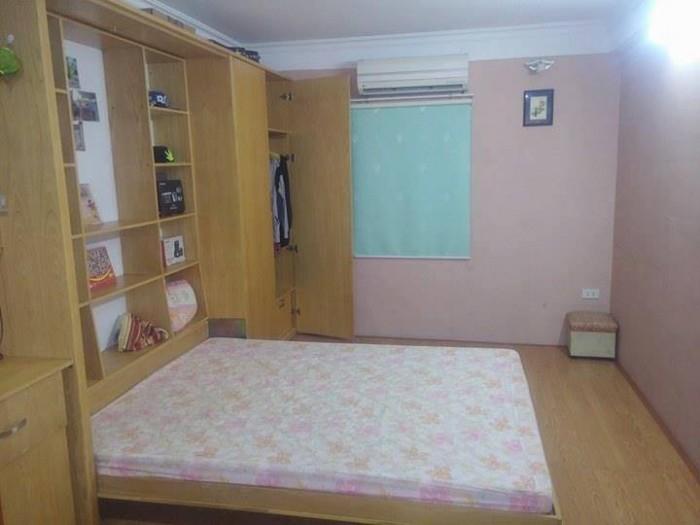 Bán nhà mặt phố Lý Quốc Sư quận Hoàn Kiếm vuông vức 156m2.
