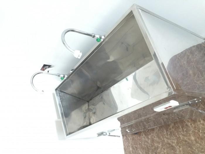 Chuyên sản xuất bồn rửa tay vô trùng tự động giá rẻ3