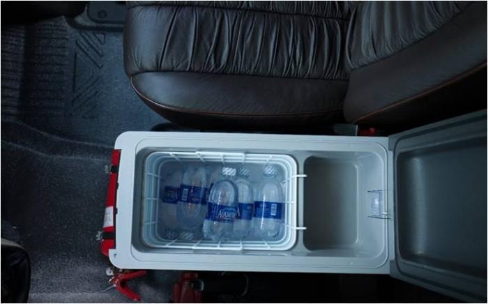 Bán Xe Ford Transit Limousine 2017 Kèm Nhiều Quà Tặng Hấp Dẫn 18