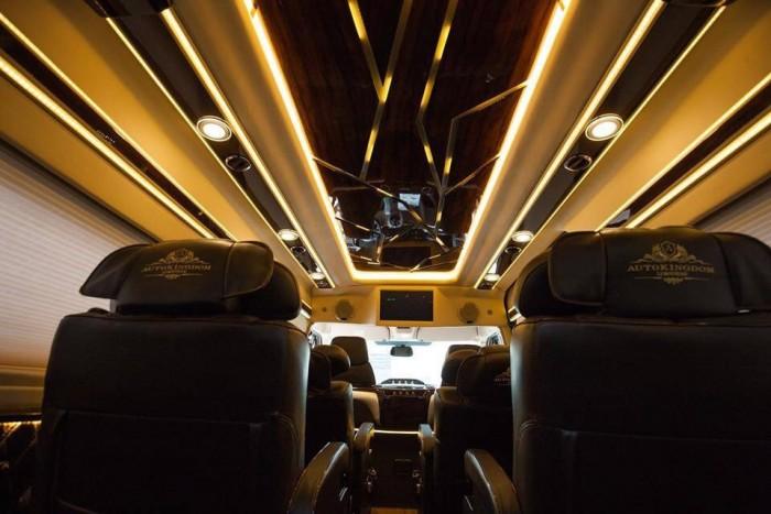 Bán Xe Ford Transit Limousine 2017 Kèm Nhiều Quà Tặng Hấp Dẫn 13