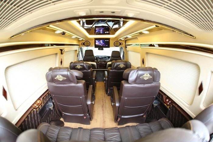 Bán Xe Ford Transit Limousine 2017 Kèm Nhiều Quà Tặng Hấp Dẫn 6