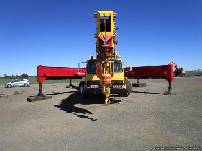 xe cẩu cũ nhập từ Úc PPM C1180- 127 tấn-2 tời 6