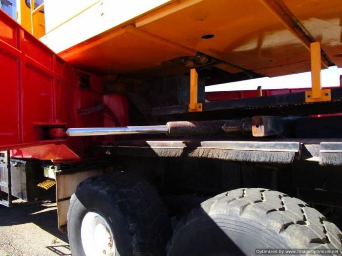 xe cẩu cũ nhập từ Úc PPM C1180- 127 tấn-2 tời 11