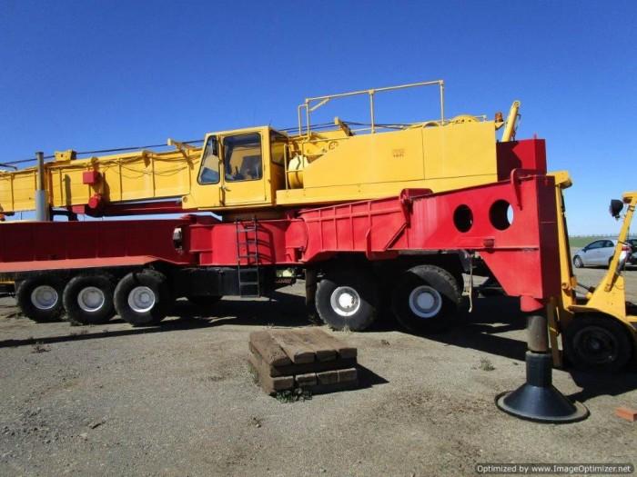 xe cẩu cũ nhập từ Úc PPM C1180- 127 tấn-2 tời 17