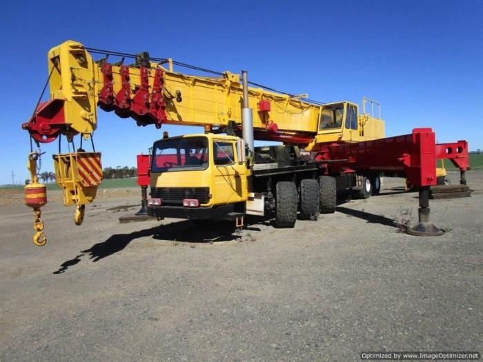 xe cẩu cũ nhập từ Úc PPM C1180- 127 tấn-2 tời 4