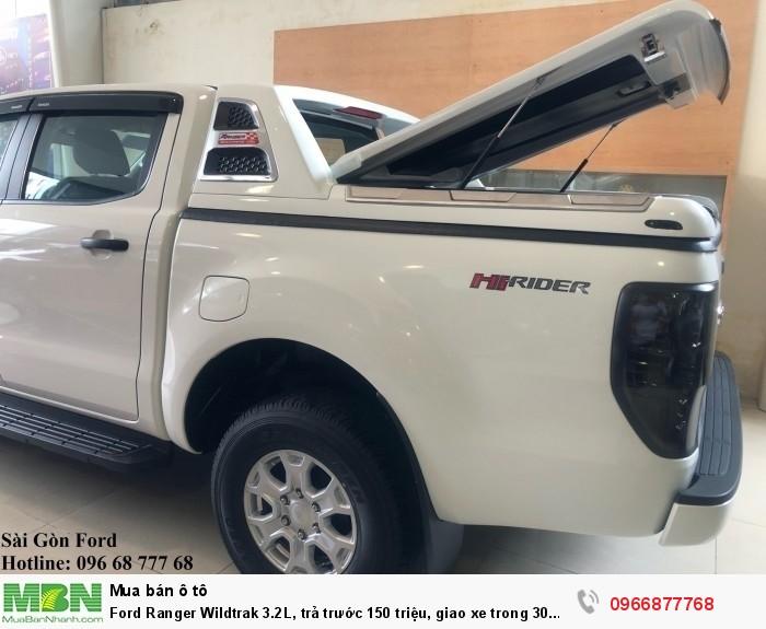 Ford Ranger Wildtrak 2.0L số tự động, trả trước 150 triệu, giao xe trong 30 ngày 2