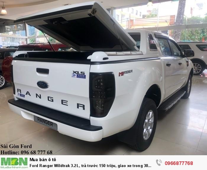 Ford Ranger Wildtrak 2.0L số tự động, trả trước 150 triệu, giao xe trong 30 ngày 3