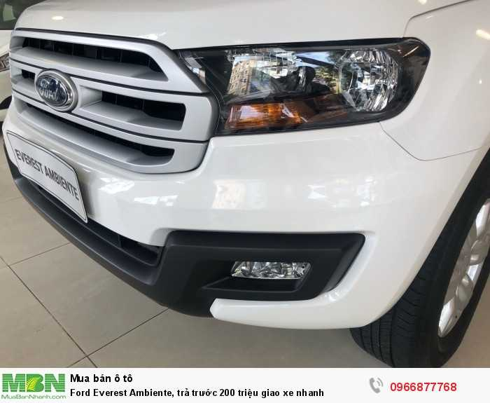 Ford Everest Ambiente 2018 -Tặng phụ kiện hấp dẫn theo xe