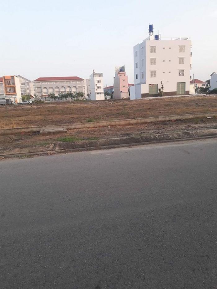 Bán đất nền ven sông Sài Gòn gần chợ Vườn Lài 95m2 giá 1,5 tỷ sô riêng.