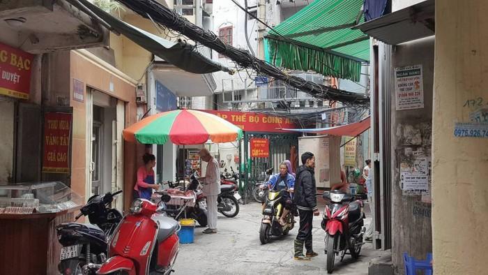 Bán nhà Kinh Doanh khủng, mặt chợ Văn Hương, Đống Đa