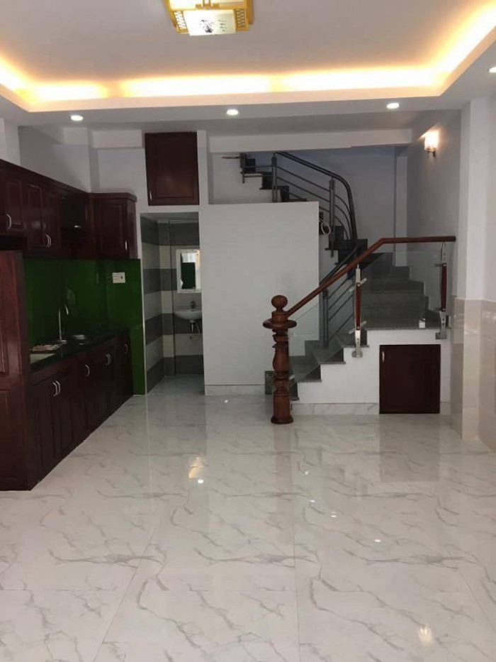 Bán nhà Nguyễn Thượng Hiền, 40m2, hẻm rộng, giá cực tốt