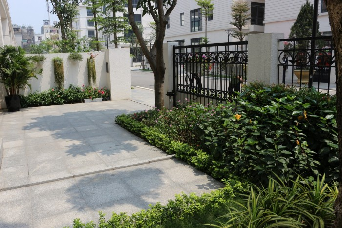 Bán nhà vườn 5 tầng khu Nguyễn Trãi 147m2, hướng ĐN, SĐCC