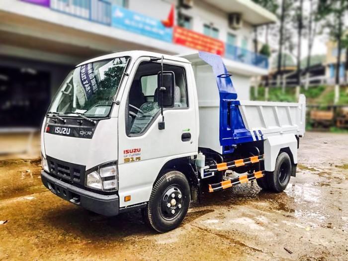 Xe ben tự đổ ISUZU QKR55F tải trọng 2.1T thể tích thùng 2.5 m3 đời 2017