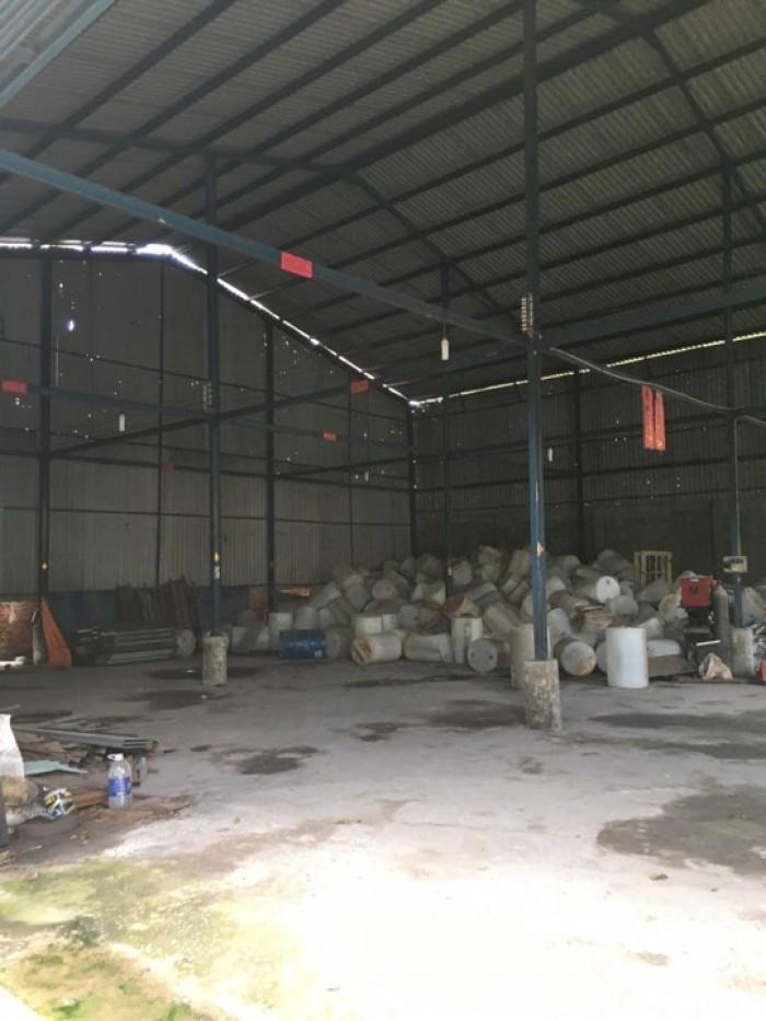 Bán nhà xưởng củ chi tỉnh lộ 15 ,dt,1100m2 Mr sơn