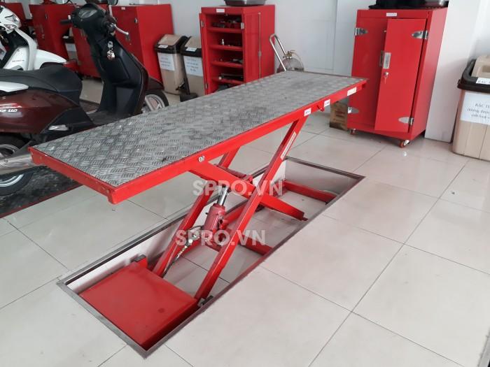 Tư vấn mở tiệm rửa xe máy với hệ thống bàn nâng xe máy cho Head Honda